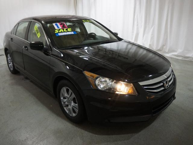 Pre-Owned 2012 Honda Accord 4dr I4 Auto LX Premium